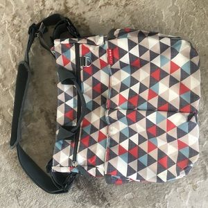 Skip hop diaper bag gray red great condition